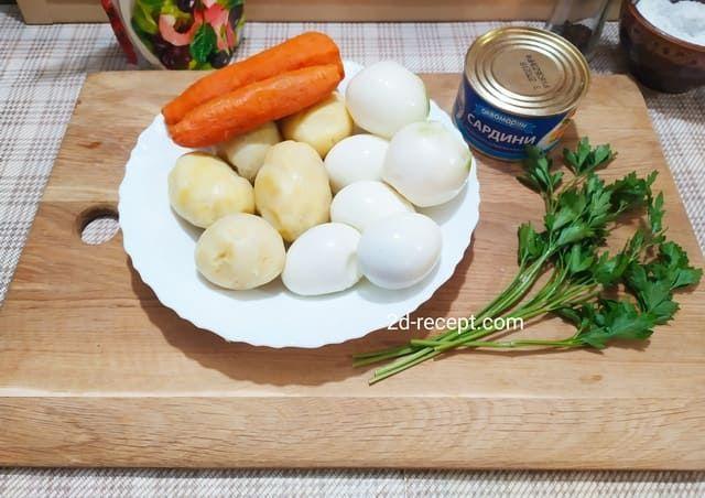 Подготавливаем продукты для мимозы