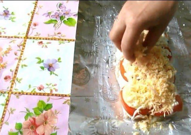 Присыпаем сыром