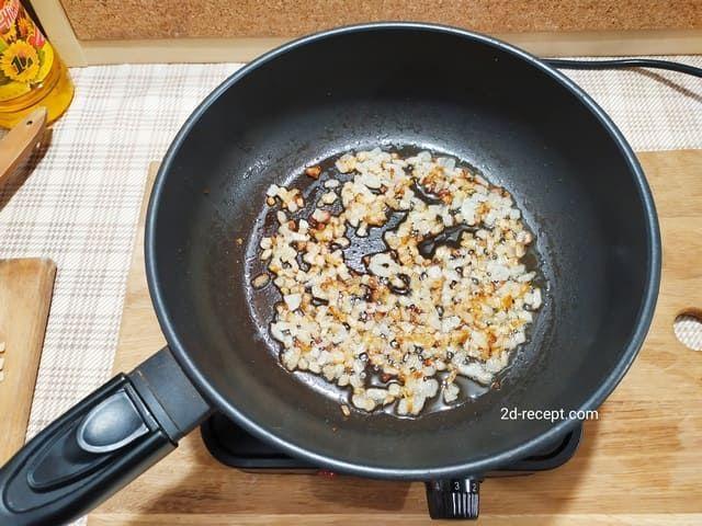 Жарим лук для супа