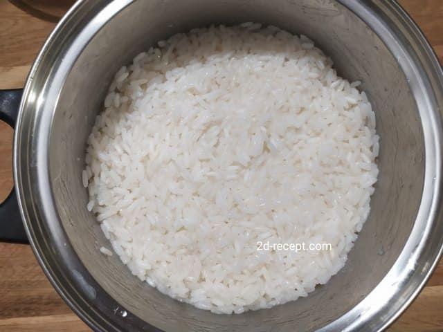 Вареный пропаренный рис