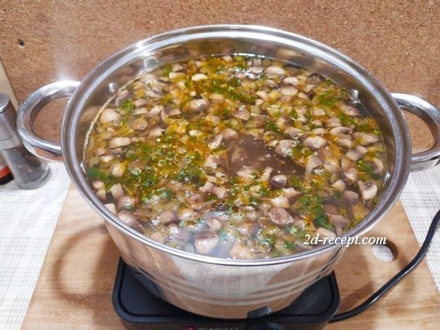 Варим грибной суп