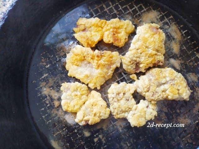 Жарим куриные сердечки на сковороде