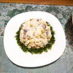 Салат с курицей, грибами и сыром - фото к пошаговому рецепту