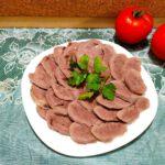 Как вкусно сварить говяжий язык - фото к пошаговому рецепту